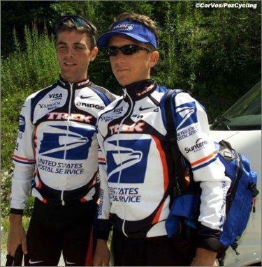 Тайлер с товарищем по команде Кевином Ливингстоном в 2000 году