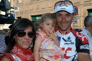 Бассо с женой и дочерью