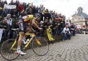 Том Боонен на дистанции Тура Фландрии 2010