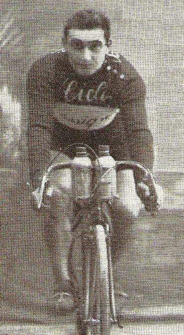 Giro d'Italia: Первый подиум - Джованни Россиньоли