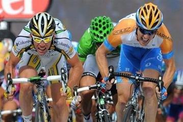 Кавендиш и Фаррар - борьба в спринте