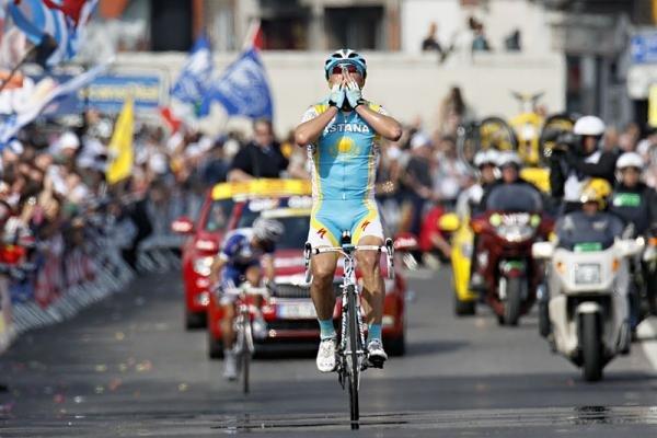 Александр Винокуров: Синицу поймал, за журавлем приехал на Джиро д'Италия-2010 Photo: © Elmar Krings