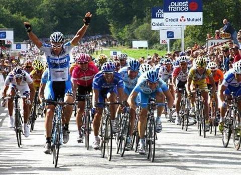 Победа на классике в Плуэ