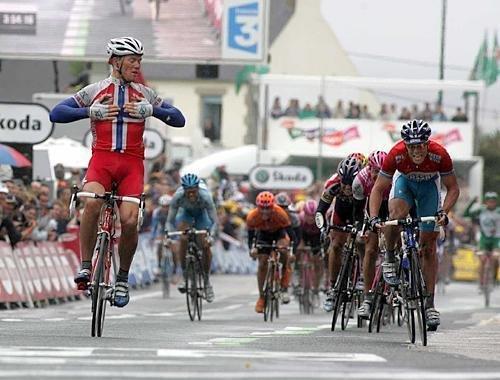 Победа Тора Хушовда на 8-м этапе ТдФ 2004