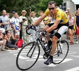 Армстронг на 16-м этапе ТДФ 2004