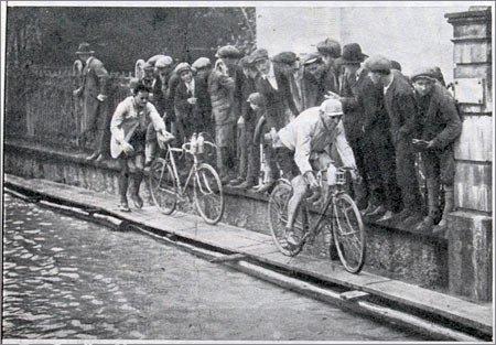Одна из гонок в 20-е гг.