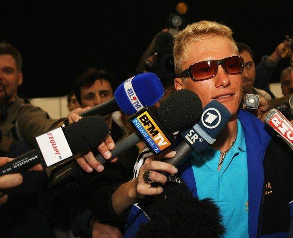 Допинг: Александр Винокуров / UCI=CAS zimbio.com(c)