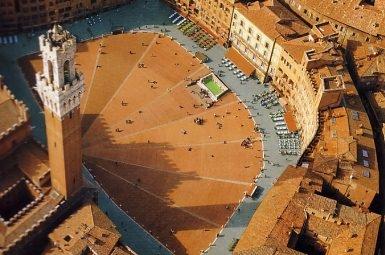 Piazza del Campo в Сиене