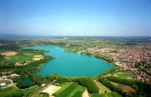 Озеро Баньолас