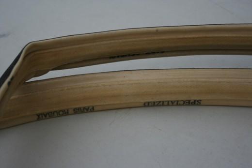 27-миллиметровые трубки Dugasts, маркированные как Specialized