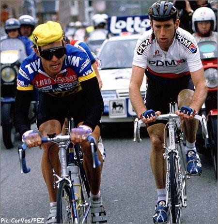 Шон Келли (справа) и Фил Андерсон в 1989 году. Photo (c) PezCyclingNews