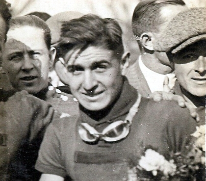 Рене Вьетто