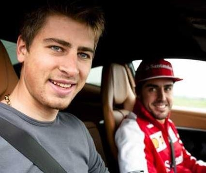 Peter Sagan with Fernando Alonso Photo: © Ferrari