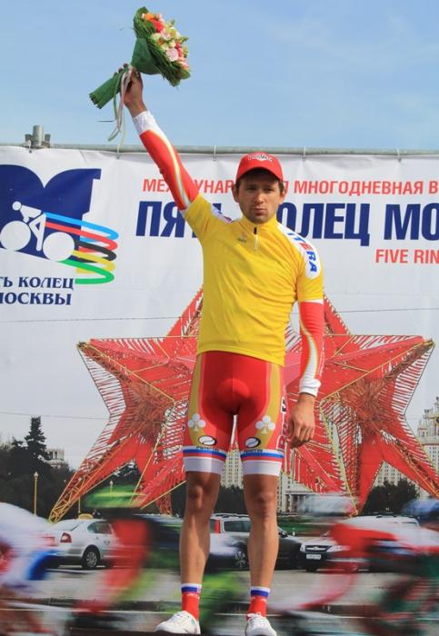 """Двойной триумф """"РусВело"""" на третьем этапе """"Пяти колец Москвы"""""""