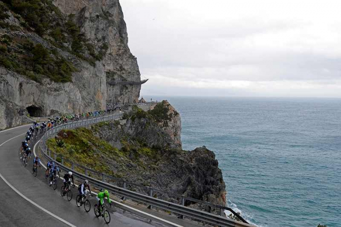 Джиро д'Италия-2015 стартует по велодорожке в окрестностях Сан-Ремо