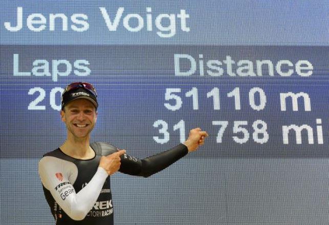 Часовой рекорд Йенса Фохта, © AFP Photo