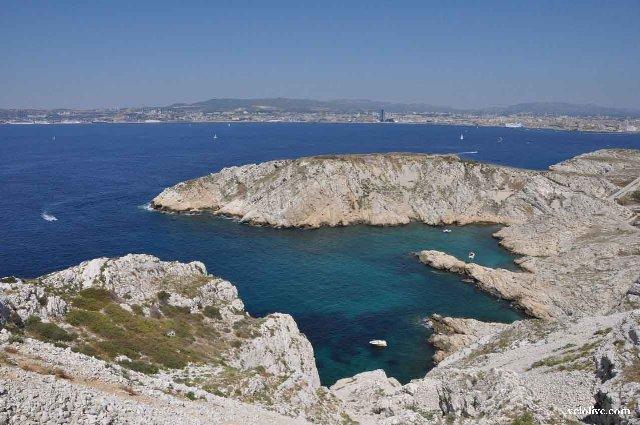 Остров карантина в Марселе