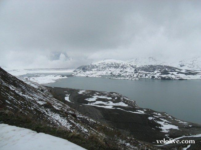 Озеро на перевале Moncenisio