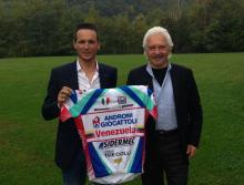 Велогонщик Джонни Хогерланд и руководство команды Androni Giocattoli встретятся в суде