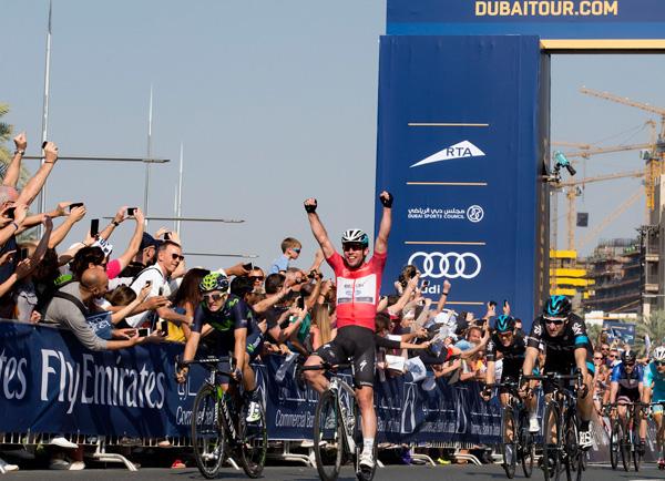 Двойная победа Марка Кэвендиша у Бурдж-Халифа на Туре Дубая-2015