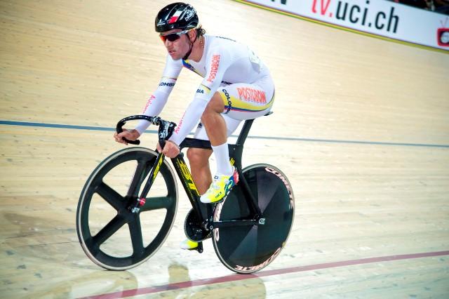 Колумбиец Фернандо Гавирия - чемпион мира по велоспорту на треке в омниуме