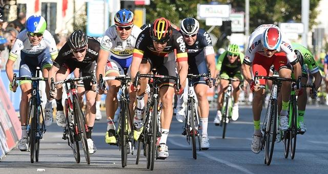 Чемпион Бельгии Йенс Дебюссер побеждает на 2 этапе Тиррено-Адриатико 2015