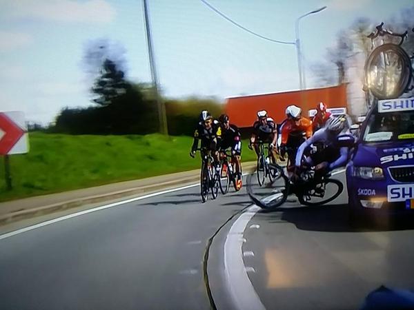 Происшествия на Туре Фландрии-2015