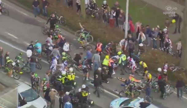 Гонщики о завале на финише Scheldeprijs-2015
