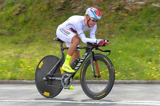 На фото (@Tim De Waele): Хоаким Родригес на дистанции этапа