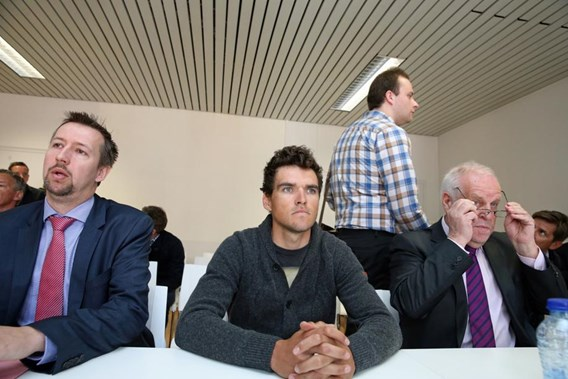 Грегу Ван Авермату (BMC) грозит 2-летняя дисквалификация и штраф в 262,500 евро
