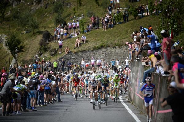 Видеокамеры на велосипедах на этапах Джиро д'Италия-2015