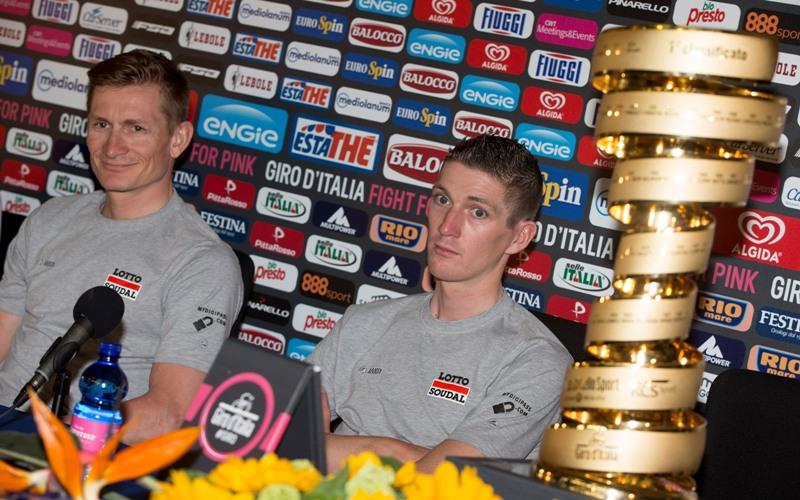 Пресс-конференция Андре Грайпеля и Юргена Ван ден Брука перед стартом на Джиро д'Италия - 2015
