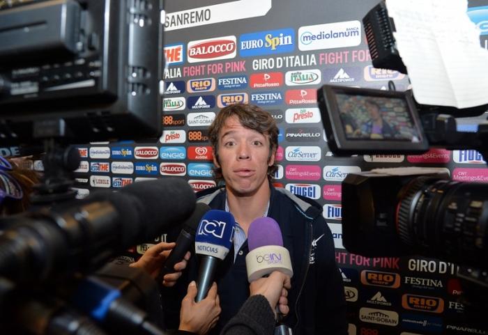Пресс-конференция Ригоберто Урана и Тома Боонена перед стартом на Джиро д'Италия-2015
