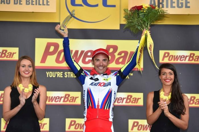 Хоаким Родригес одерживает победу на вершине Плато де Бей