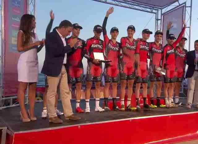 Команда BMC - победитель TTT 1-го этапа Вуэльты Испании-2015