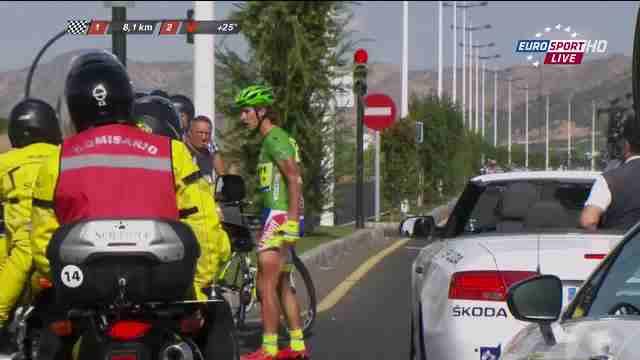 Петер Саган сбит мотоциклом на 8 этапе Вуэльты Испании-2015