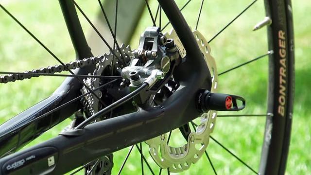 Международный союз велосипедистов одобрил использование дисковых тормозов с 2016 года