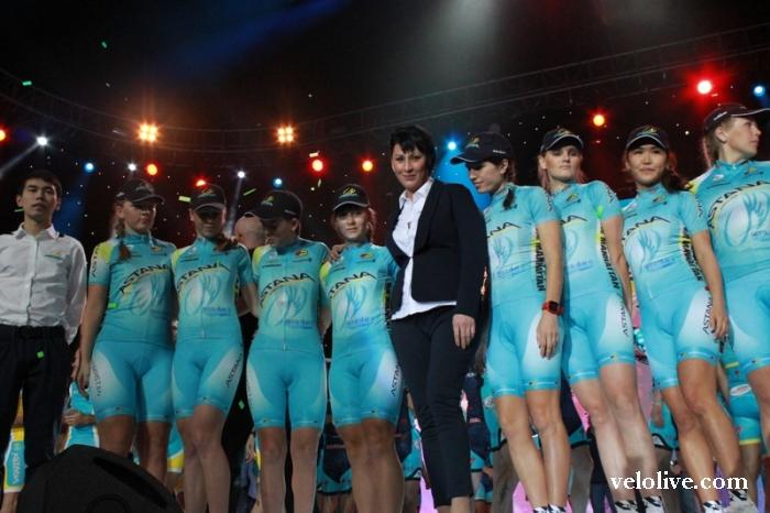 Фотографии с церемонии чествования велосипедных команд Казахстана