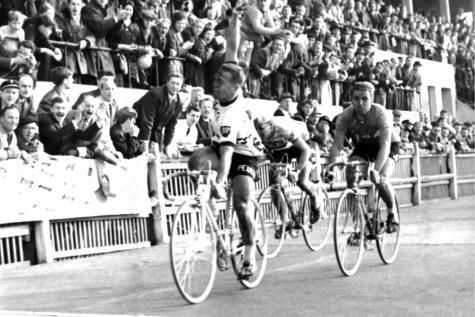 Страницы истории велоспорта: Париж-Рубэ-1963
