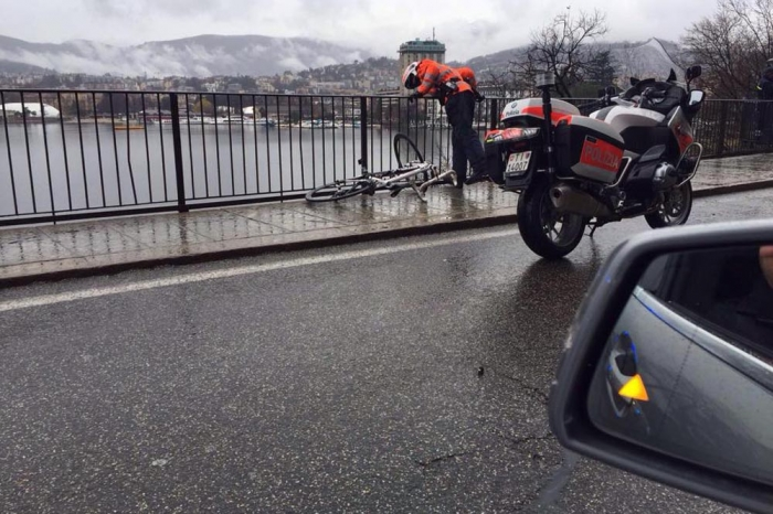 Гонщик выжил после падения с 12-метровой высоты в озеро на Гран-при Лугано-2016
