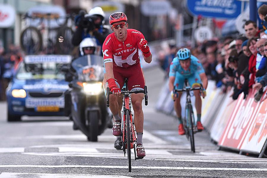 Александр Кристофф выигрывает первый этап Три дня Де Панне-2016