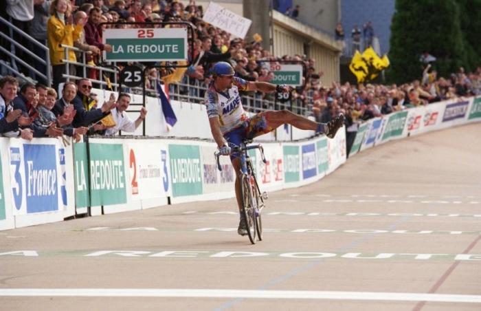 Страницы истории велоспорта: Париж-Рубэ-2000