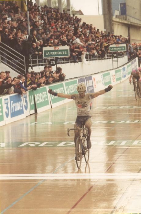 Страницы истории велоспорта: Париж-Рубэ-2001