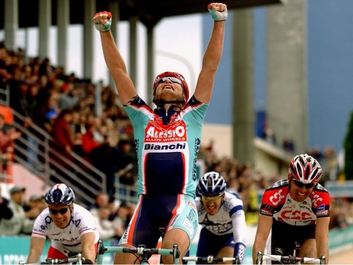 Страницы истории велоспорта: Париж-Рубэ-2004