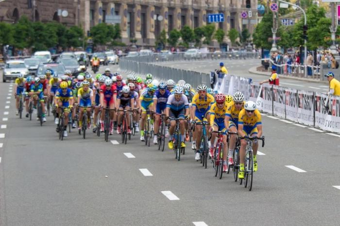 Международная велогонка Race Horizon Park собирает рекордный пелотон и звезд-велогонщиков