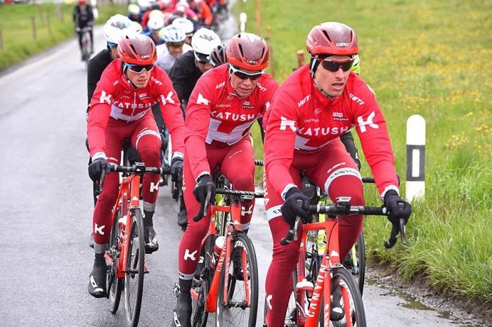 Ильнур Закарин - 4-й, Симон Шпилак - 7-й в итоговой классификации Тура Романдии-2016