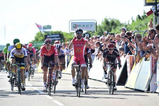 Nacer Bouhanni о победе на 1-м этапе Criterium du Dauphine-2016