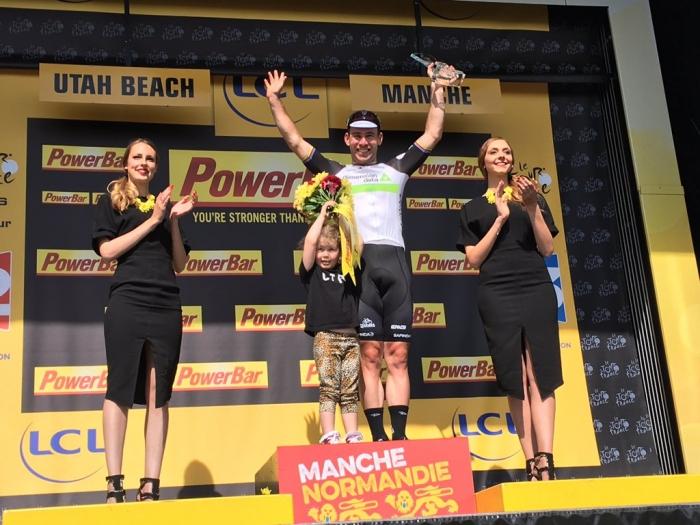 Марк Кэвендиш (Dimension Data) – победитель 1-го этапа Тур де Франс-2016