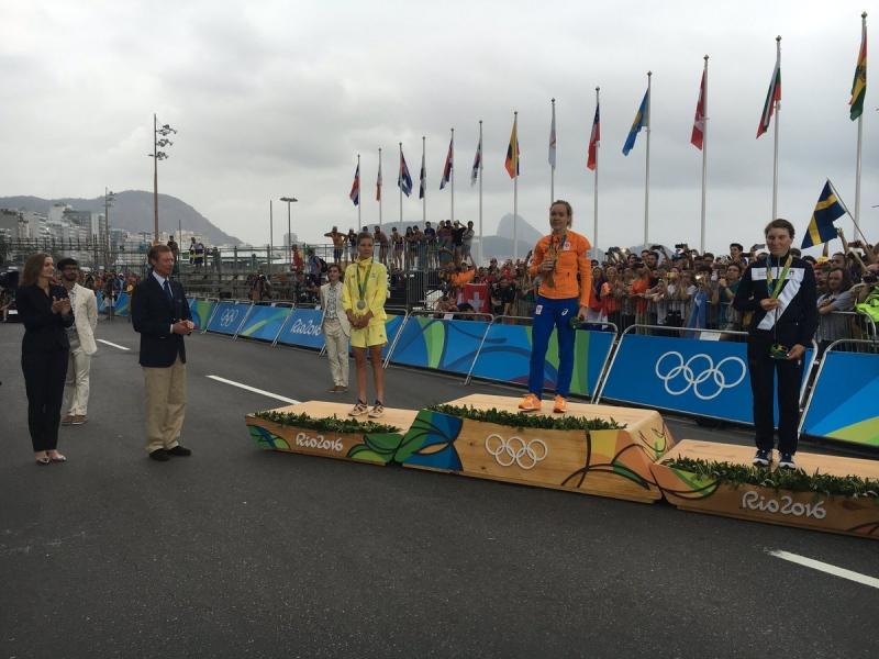 Анна ван дер Брегген - победительница женской групповой гонки на шоссе Олимпиады-2016