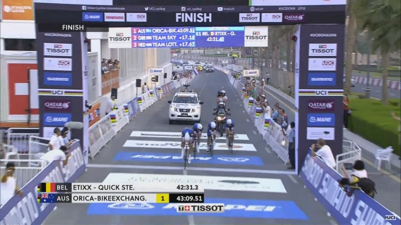 Команда Etixx-Quick Step - победитель в командной разделке чемпионата мира по велоспорту-2016 у мужчин